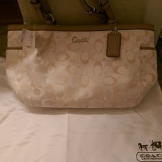 Authentic coach purse Brand new with tags Coach Bags Shoulder Bags