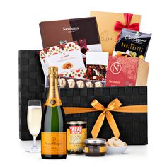 The Ultimate Gourmet Hamper Veuve Clicquot is a truly spectacular gift basket. It is the perfect VIP luxury gift idea for corporate gifting, dear friends, and beloved family