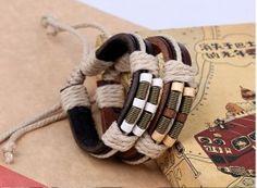 bratara din piele http://www.bijuteriifrumoase.ro/cumpara/bratara-piele-neagra-1587