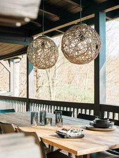 Make pendant lights inexpensively using rope and balloons >> http://www.diynetwork.com/how-to/make-and-decorate/decorating/how-to-make-a-sisal-rope-sphere-pendant-light?soc=pinterest