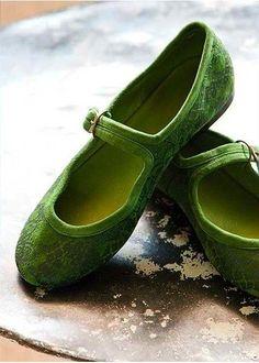 Sweet green shoes #luxurydotcom