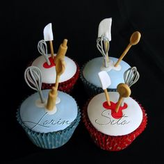 Adorable chef inspired baking cupcakes with mini utensils sticking out. Cupcakes Bonitos, Cupcakes Lindos, Cupcakes Decorados, Pretty Cupcakes, Beautiful Cupcakes, Yummy Cupcakes, Baking Cupcakes, Cupcake Cookies, Cupcake Recipes