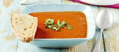 Tomaattikeitto Soup Recipes, Diet Recipes, Vegan Recepies, Thai Red Curry, Bakery, Food And Drink, Favorite Recipes, Lunch, Fruit