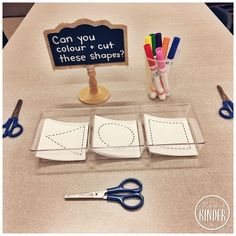 {FREE CUTTING CARDS} 2D Shapes for Kindergarten: Easy Prep Math Center Idea! Name, Cut and Colour the 2D Shapes. #daycarerooms