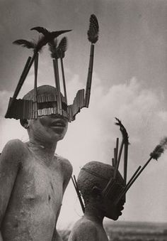 """Children from the Wagogo Tribe Wear Special Headgear for the Circumcision Ceremony, by George Rodger, 1947. The Wagogo or Gogo are based in the Dodoma Region of central Tanzania. They are traditionally pastoralist, but in recent decades have migrated to urban areas or work on plantations.   (""""La Guerra del Fuego"""" 1982 , usa el estilo para sus personajes.)     Photograph: Tribal Portraits Vintage & Contemporary Photographs from the African Continent"""