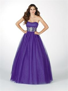 Ball Gown Strapless lace-up back crystal jeweled applique prom dresses PD10403 www.dresseshouse.co.uk £156.0000  ----2013 Prom Dresses,Prom Dresses 2013,Prom Dresses,Prom Dresses UK,2013 Prom Dresses UK,Prom Dresses 2013 UK