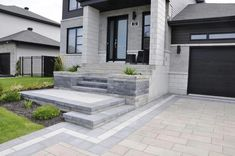 """Check out our internet site for additional info on """"patio pavers diy"""". It is actually a great area to find out more. Front Door Landscaping, Shade Landscaping, Landscaping Ideas, Pavers Ideas, Front Porch Steps, Front Walkway, House Front Design, House Landscape, Dream House Exterior"""