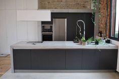 Loft : Cocinas de estilo moderno de Concrete LCDA