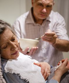 6 Non-Verbal Signs Your Loved One is Uncomfortable : End of Life Care for Alzheimer's and Dementia