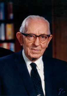 Teachings of Presidents of the Church: Joseph Fielding Smith Chapter Faith and Repentance Lds Mormon, Book Of Mormon, Lds Apostles, Lds Art, Church History, Lds Church, Latter Day Saints, Faith In God, Jesus Christ