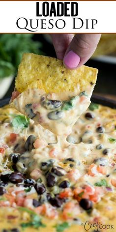 Loaded Queso Dip Recipe , By Family Fresh Meals . This easy Homemade Queso Dip is loaded with warm Velveeta, pepper jack cheese, beef, pale ale… Comida Latina, Football Food, Football Desserts, Football Party Foods, Yummy Appetizers, Best Party Appetizers, Appetizers For Dinner, Cheese Appetizers, Crock Pot Appetizers