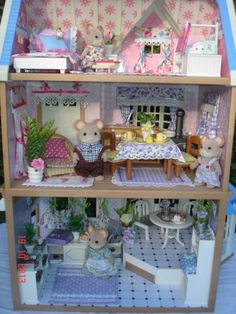 Sylvanian Families Decorated House and Cafe