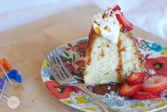 Coconut Sour Cream Pound Cake Recipe
