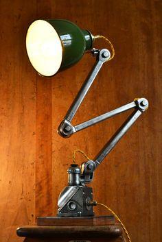 EDL Task Lamp