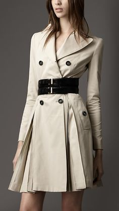 Burberry Pleated Cotton Coat