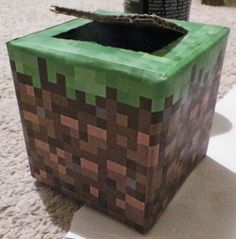 DIY Minecraft V-day card box made to look like a grass block. Valentine Day Boxes, My Funny Valentine, Valentines Day Party, Valentines For Kids, Valentine Day Crafts, Valentine Decorations, Holiday Crafts, Valentine Ideas, Christmas Gifts