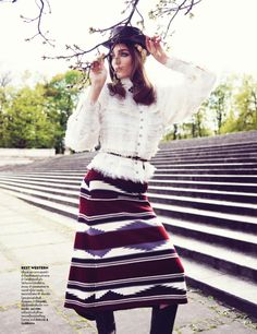 Vogue Tailândia Junho 2014 | Zuzanna Bijoch por Marcin Tyszka - Chanel pre fall 2014