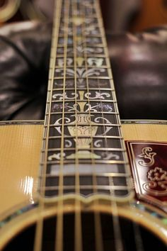 Acoustic Guitar - Fretboard Inlay