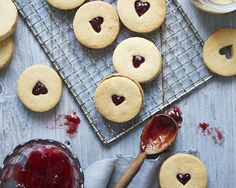Peanut Butter and Jammie Dodger Recipe - Party Pieces Blog & Inspiration