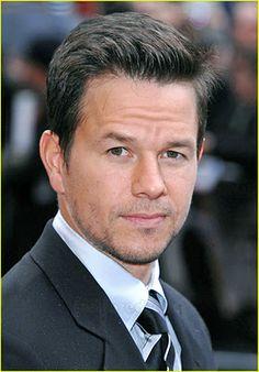 Mark Wahlberg..... I love him!