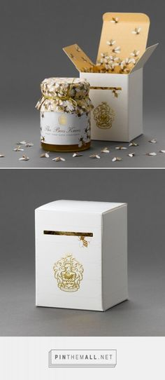 Bees Knees Honey Packaging by At Pace Design | Fivestar Branding Agency – Design and Branding Agency & Curated Inspiration Gallery #honeypackaging #packaging #packagedesign #packagingdesign #design #designinspiration