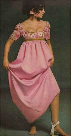1968 Every bit as current for today's formal occasion, faux pearls and gems scattered over the empire bodice of a Sarmi pink silk dress ribboned in green velvet. Fashion Photo, Teen Fashion, Fashion Models, Fashion Beauty, Fashion Spring, Fashion Clothes, Sixties Fashion, Retro Fashion, Vintage Fashion