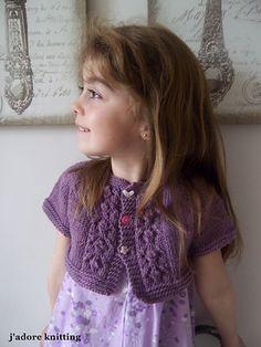 Ravelry: Shrug Violetta pattern by Kasia Lubinska