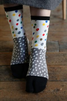 Blocks of a motif - spots in this case. Differing sizes and colourways within each block. My Socks, Happy Socks, Cool Socks, Design Textile, Thigh High Socks, Only Shoes, Colorful Socks, Designer Socks, Fashion Socks