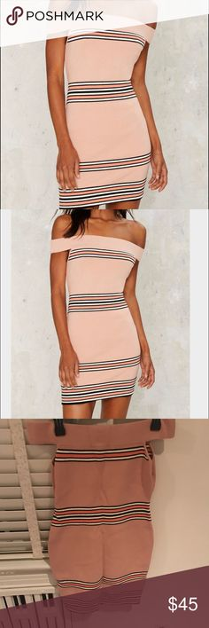 Nasty Gal Sandra Off The Shoulder Bodycon Dress This dress is amazing! Such a great color for summer will totally make you look tan. Never worn, new with tags. Nasty Gal Dresses