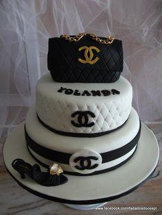 Bolo Coco Chanel