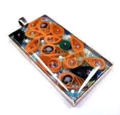 Resin Crafts: Quilling Encased in Jewelry Resin