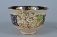 K8376: Japanese Kiyomizu-ware Gold paint Flower pattern TEA BOWL Green tea tool   eBay Tea Bowls, Gold Paint, Flower Patterns, Japanese, Tableware, Flowers, Green, Painting, Ebay