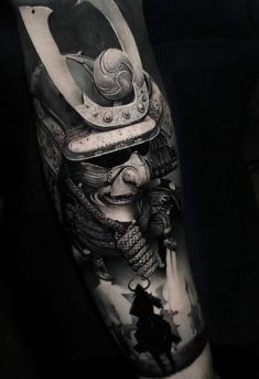 Samurai warriors by Thomas Carli Jarlier, tattoo artist & owner of Noire Ink, Clermont-Ferrand, France. Samurai Maske Tattoo, Samurai Tattoo Sleeve, Samurai Warrior Tattoo, Warrior Tattoos, Warrior Tattoo Sleeve, Japanese Warrior Tattoo, Japanese Mask Tattoo, Japanese Tattoo Designs, Japanese Sleeve Tattoos