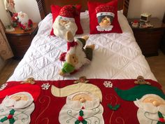 Christmas Projects, Elf On The Shelf, Table Runners, Christmas Stockings, Diy And Crafts, Bb, Projects To Try, Quilting, Holiday Decor