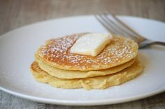 Skinny pancakes, no flour 2 egg whites 1/2 cup uncooked oatmeal 1/2 banana 1/2 tsp. vanilla extract (optional) Put all ingredients in a blender. Blend on high for 15-20 seconds. Spray a griddle or skillet with non-stick spray..