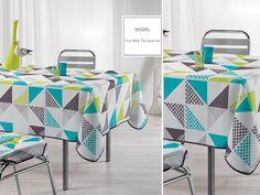 Biały obrus na stół ozdobny w turkusowo szare trójkąty