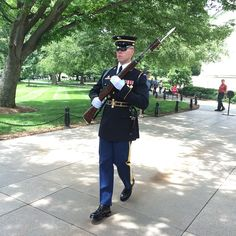 Honor Guard at the Tomb of The Unknown Soldier. #clv2019