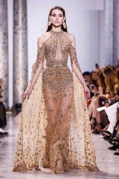 Fashion design inspiration haute couture elie saab 50 ideas for 2019 Elie Saab Couture, Fashion Week, Runway Fashion, Fashion Show, Fashion Spring, Trendy Fashion, High End Fashion, Paris Fashion, Live Fashion