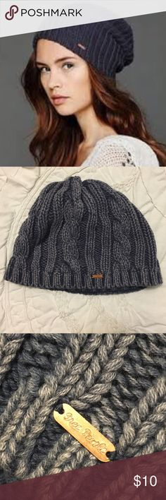 Free People Knit Beanie Super cute knit beanie! Blend of blue and gray colors and very comfortable material. It doesn't keep you too warm, but it sure looks great  Free People Accessories Hats