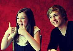 Georgie Henley and William Moseley from Narnia! zlaty su :3