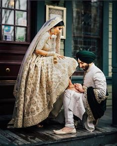 photography wedding indian couple poses ideas best 31 31 Best Indian Wedding Photography Poses Couple Photography IdeasYou can find Punjabi wedding and more on our website Wedding Posing, Indian Wedding Poses, Indian Wedding Couple Photography, Wedding Couple Photos, Couple Photography Poses, Wedding Couples, Photography Ideas, Sikh Wedding Dress, Indian Weddings