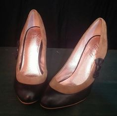 Anthropologie Miss Albright Specialty heels bow gold black tan leather 7.5 M #MissAlbright #PumpsClassics #Formal