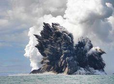 Vulcano sottomarino    i quattro elementi