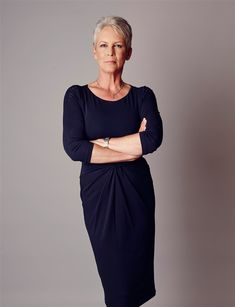 """Jamie Lee Curtis, from """"Scream Queens"""", poses for a portrait during the Fox 2015 Television Critics Association Summer Press Tour at the Beverly Hilton on Thursday, Aug. in Beverly Hills, Calif. Jamie Lee Curtis Young, Tony Curtis, Jamie Lee Curtis Haircut, Helen Mirren, Meghan Markle, Silver White Hair, James Lee, Janet Leigh, Dramatic Classic"""