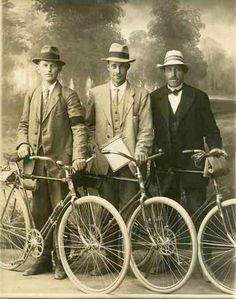 Bicycle Gangsters