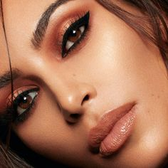 beauty campaign Wearing neutral shades, Kim Kardashian fronts KKW Beauty x Mario campaign Robert Kardashian, Kim Kardashian, Kim K Makeup, Makeup Inspo, Beauty Makeup, Face Makeup, Hair Beauty, Flawless Makeup, Makeup Ideas