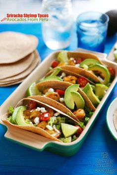 Sriracha Shrimp Tacos with Avocados From Peru - Marla Meridith Veggie Recipes, Seafood Recipes, Dinner Recipes, Prawn Recipes, Fish Recipes, Dinner Ideas, Recipies, Peru, Shrimp And Lobster