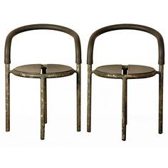 Pair of robust café side chairs by Fritz Hansen 1