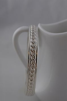 Sterling Silver Chain Pattern Bangle Bracelet by ArbotiqueDesigns on Etsy https://www.etsy.com/listing/220817138/sterling-silver-chain-pattern-bangle