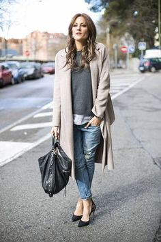 This but with trainers. 3/4 coat, boyf jeans, layers